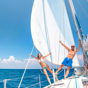 LUXURY-SAILING_V_20-600X600
